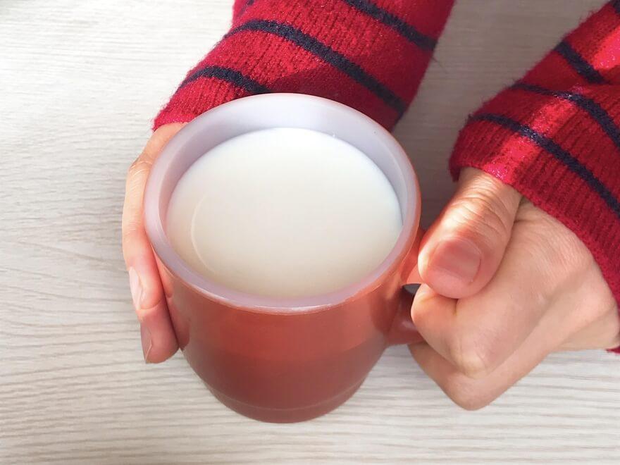 牛乳の飲み方