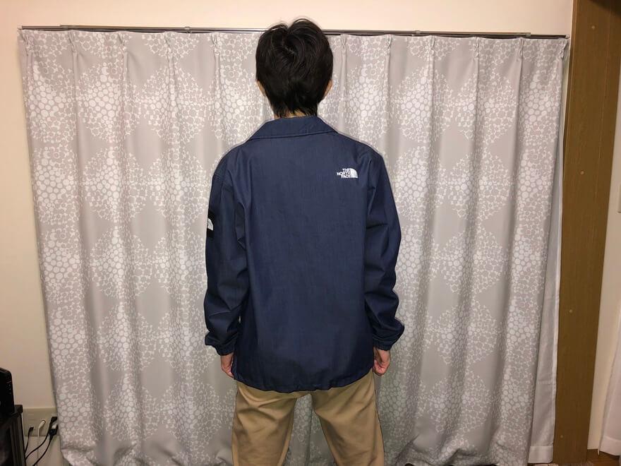ノースフェイスのGTXデニムコーチジャケット(tシャツ)後ろ